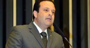 André Moura quer o PMDB sergipano
