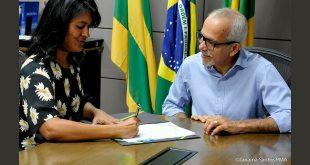 Edvaldo Nogueira transmite o cargo para Eliane Aquino Foto: Janaína Santos/ Ascom PMA