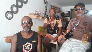 Luiz, de óculos escuro, espera grande participação de motocilistas sergipanos