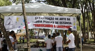 Cadeia Pública faz exposição de produtos artesanais no centro de Estância