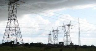 Apagão deixa 70 milhões de pessoas sem energia em 13 Estados