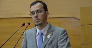 Governo tem recursos para pagar inativos, diz deputado
