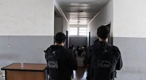 Domingo é o concurso para  guarda prisional