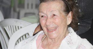 Morre aos 89, Tia Ruth, fundadora da Avosos