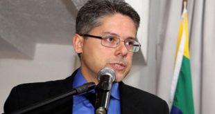 """Alessandro: """"Haddad recebe ordens de uma cela em Curitiba"""""""