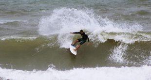 Surfistas se preparam para o Circuito Sergipano de Surf