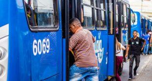 Assaltos a ônibus caíram 68,80% em dois anos, diz Setransp