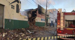 Incêndio destruiu a Serigy Madeiras na Coelho e Campos