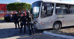 Getam recupera ônibus roubado em Feira de Santana