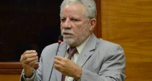 Francisco Gualberto e Rodrigo Valadares trocam farpas