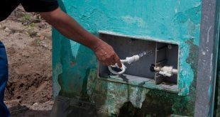 Cinco pessoas são presas por furto de água
