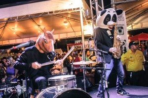 A banda Sax in the Beats vai animar a feira Foto: Regys Lima