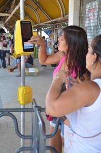 Facilidade na hora de pagar a passagem com o cartão