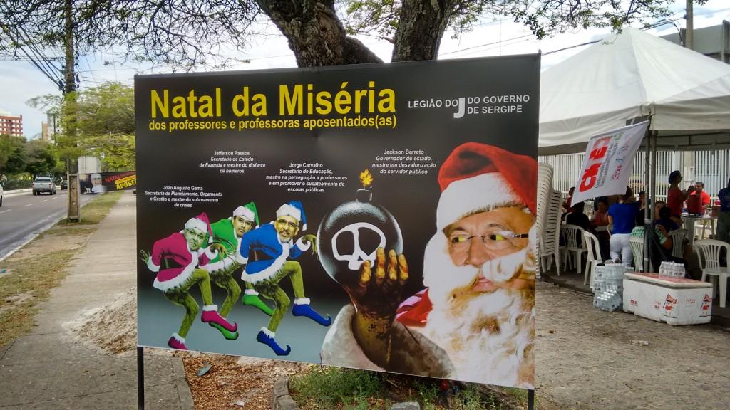 O cartaz do Sintese criticando a Legião do Jota