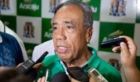Ex-governador João Alves está na UTI em estado grave