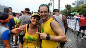Lívia e Wilson correram juntos os 21 km