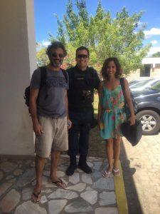 Soldado Santos ao lado de Domingos Montagner e Camila Pitanga