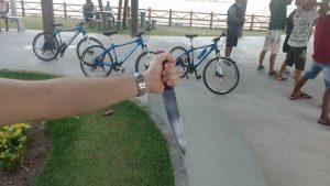 Faca apreendida com um adolescente, na Praia Formosa