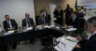 Governador acompanha discussão sobre investimentos da Sudene
