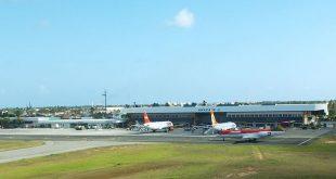 Aviões pousam em Aracaju devido às chuvas em Salvador