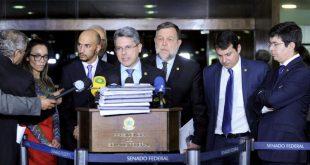 Alessandro Vieira protocola hoje projeto de lei sobre porte de armas
