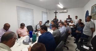 Emsurb suspende as fiscalizações e notificações da taxa de fachada, após reunião com empresários