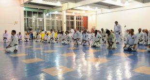 Mais de 100 atletas participaram do Seminário Internacional de Karatê