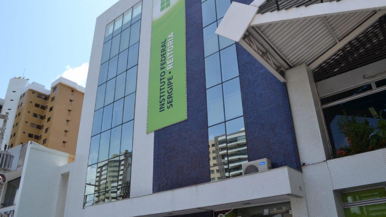 IFS abre seleção com 14 vagas para bolsistas graduandos - Só Sergipe