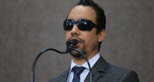 Lucas Aribé defende jornalistas e repudia Medida Provisória 905