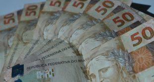 Publicada com vetos lei sobre ajuda financeira a estados e municípios