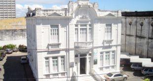 Marco Pinheiro é reeleito presidente da Acese