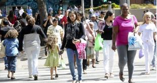 Sim, no Brasil, a mulher vale menos!
