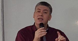 """""""A LGPD veio para aperfeiçoar como lidamos com dados"""", alerta o professor da Unit, Fábio Rocha"""