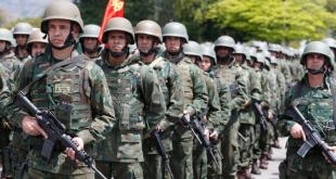 """""""Meu Exército"""" ou o de Caxias?"""