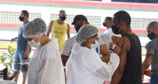 Aracaju já vacinou mais de 60% da população adulta contra Covid-19