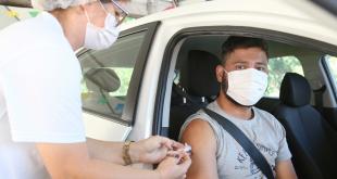 Prefeito anuncia novo calendário de vacinação e inclui população de 29 a 31 anos em Aracaju