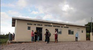 Projeto Dom Távora: Governo entrega fábrica de bolos em Santana do São Francisco